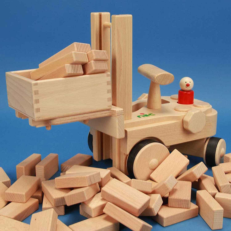 NIC Creamobil + wooden blocks