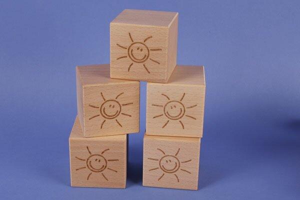 SMILE wooden cubes 6 cm