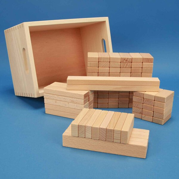 Set of 100 wooden blocks in a beechwood box with laserengraving
