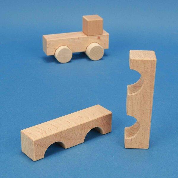 wooden block little bridge 12 x 3 x 3 cm - 3 cm halfdrilled