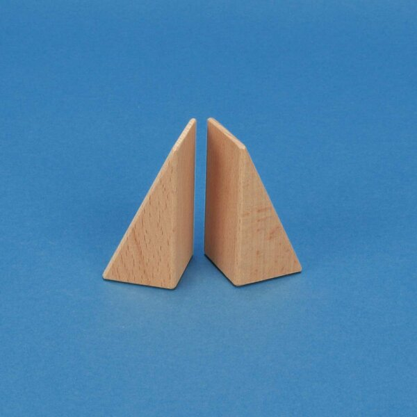 wooden triangle blocks 6 x 3 x 3 cm