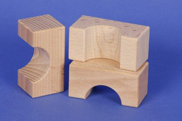 wooden block little bridge 6 x 3 x 3 cm - 3 cm halfdrilled