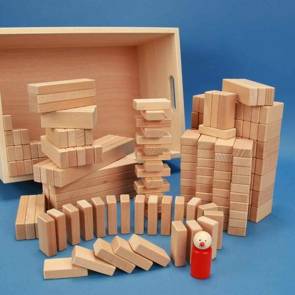 Set of 200 wooden blocks in a beechwood box with laserengraving
