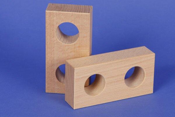 wooden block 12 x 6 x 3 cm - 3 cm drilled