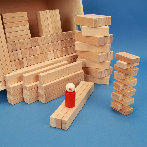 Set of 300 wooden blocks in a beechwood box
