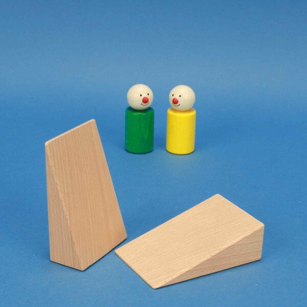 Wooden wedges building blocks 9 x 6 x 3 cm