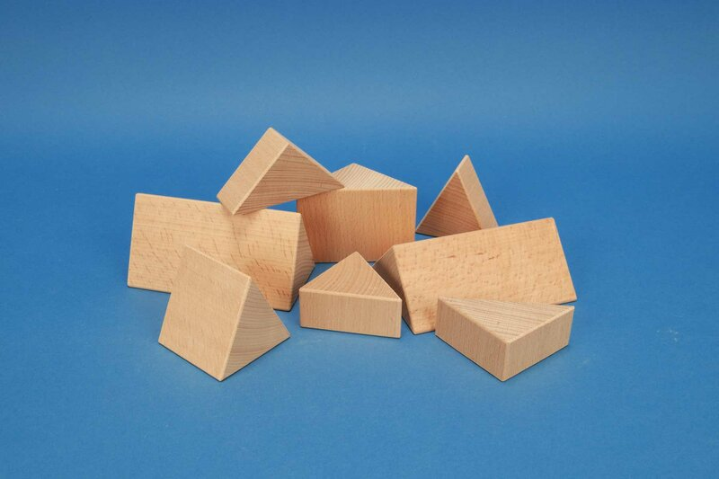wooden triangular pillars 6 cm