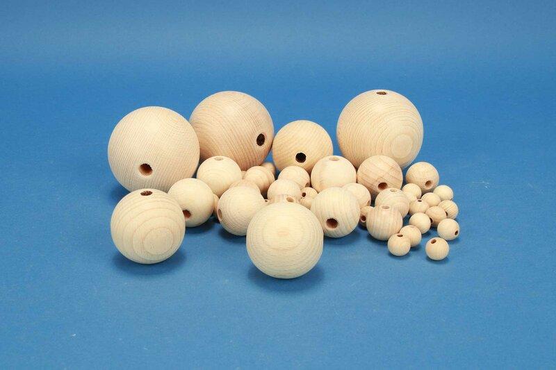 DIY-Wooden balls half drilled