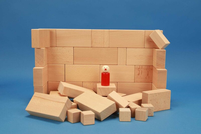 Sets with large wooden blocks