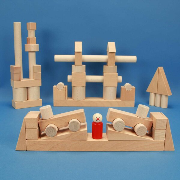 Froebel wooden blocks set 57