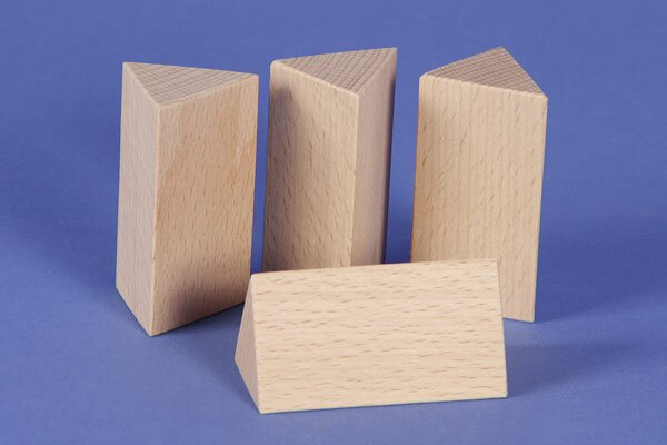 wooden triangular pillar 3 x 3 x 6 cm