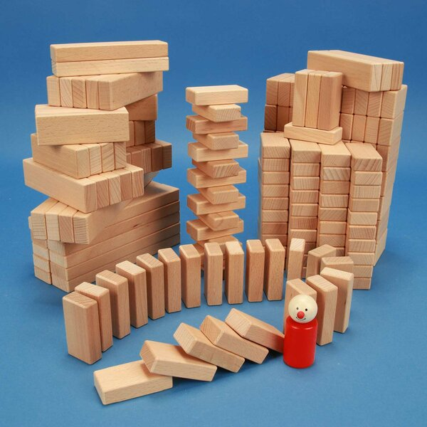 Set of 200 wooden blocks from the 3 x 1,5 cm series