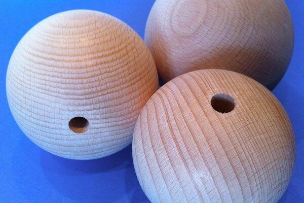 wooden balls beech Ø 40 mm half drilled 8mm