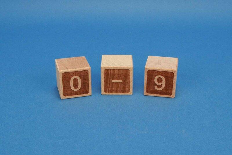 Letter cubes 0-9 negative