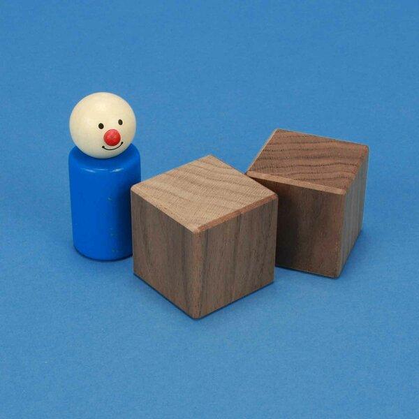 wooden cubes walnut 4 cm