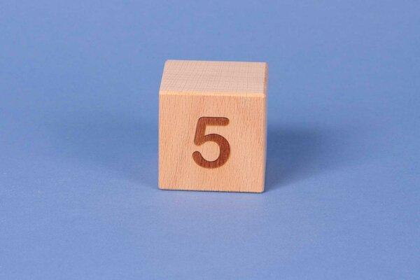 Letter cubes 5 positive