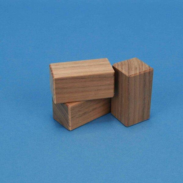 Walnut wooden blocks 6 x 3 x 3 cm