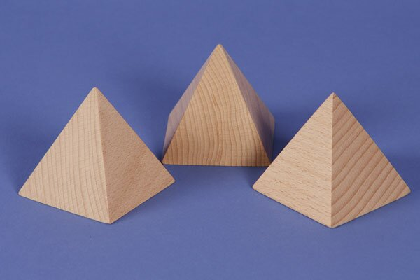 large pyramid made of beech 6 x 6 x 6 cm