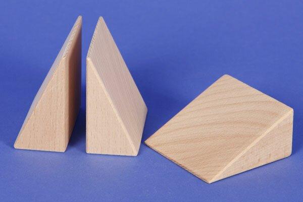 triangle of beechwood 6 x 6 x 3 cm