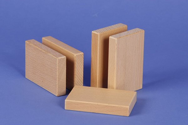 wooden building blocks 9 x 6 x 1,5 cm